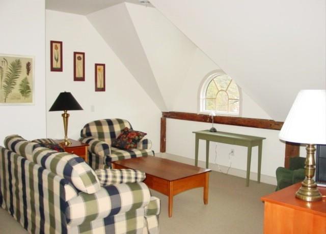 Living-room-640x460